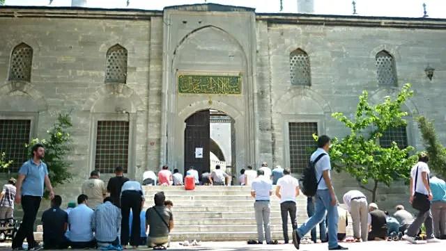 Mesquita Yeni Valide, Üsküdar (Foto: Esse Mundo É Nosso)