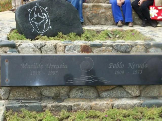 Foto: Vanessa Aguilera (Restos Mortais de Pablo Neruda e Matilde Urrutia)