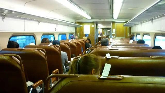 Trem que leva do Aeroporto de Newark até a cidade de Nova York (Foto: Esse Mundo é Nosso)