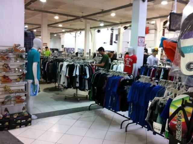 comportarse Shuraba Tectónico  Outlet no Brás: Lojas de marcas famosas com preços baixos