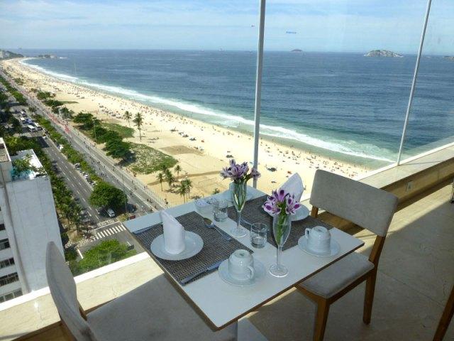 Café da manhã no Rio de Janeiro - Espaço 7Zero6 (Foto: Esse Mundo É Nosso)