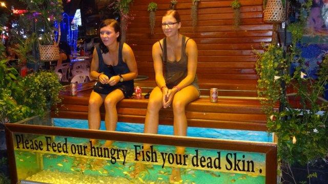 Fish massage em Siem Reap, Camboja (Foto: Esse Mundo É Nosso)