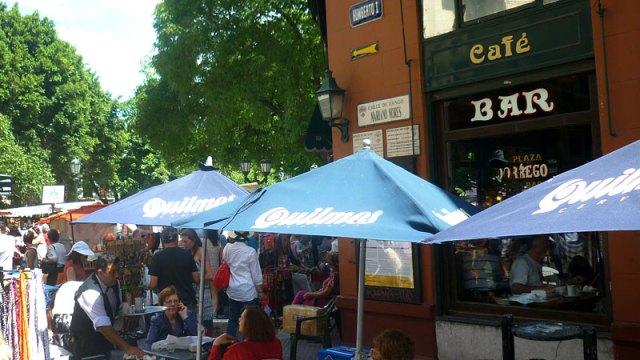 Onde comer em Buenos Aires - Bar Plaza Dorrego (Foto: Esse Mundo É Nosso)