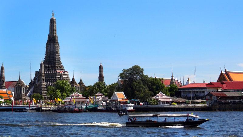 Turismo em Bangkok: Wat Arun (Foto: Esse Mundo É Nosso)