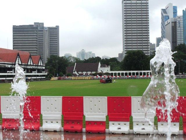 O que fazer em Kuala Lumpur: Merdeka Square (Foto: Esse Mundo É Nosso)