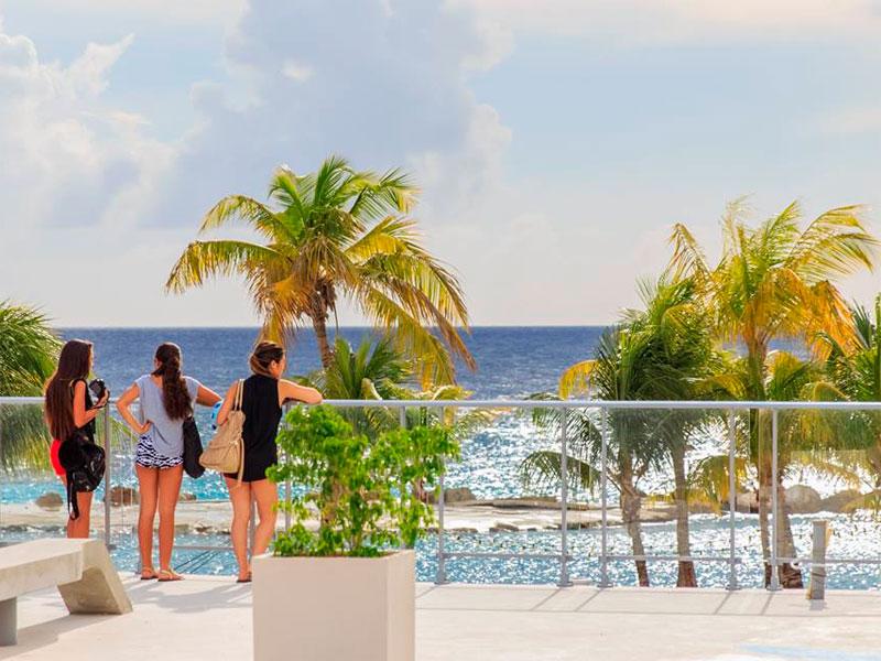 Onde comer em Curaçao - Curaçao Beach Boulevard (Foto: Divulgação)