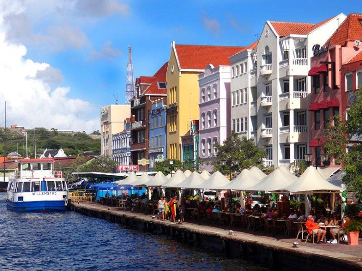 Onde comer em Curaçao - Iguana Cafe (Foto: Esse Mundo É Nosso)