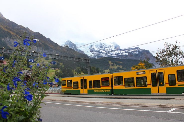 Suíça gastando pouco: Trem em Wengen (Foto: Esse Mundo É Nosso)