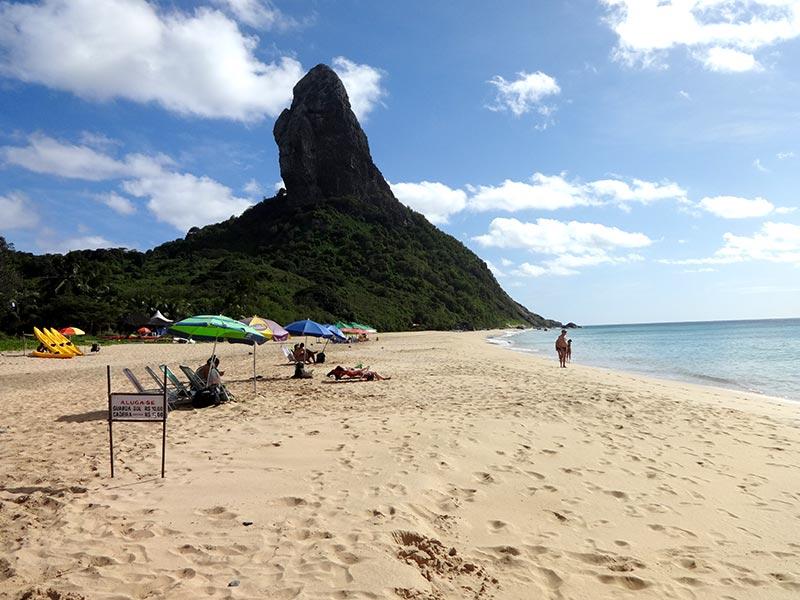 Praia da Conceição em Fernando de Noronha (Foto: Esse Mundo é Nosso)