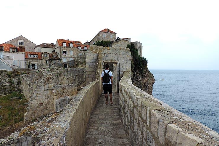 O que fazer em Dubrovnik, Croácia: Muralhas (Foto: Esse Mundo É Nosso)