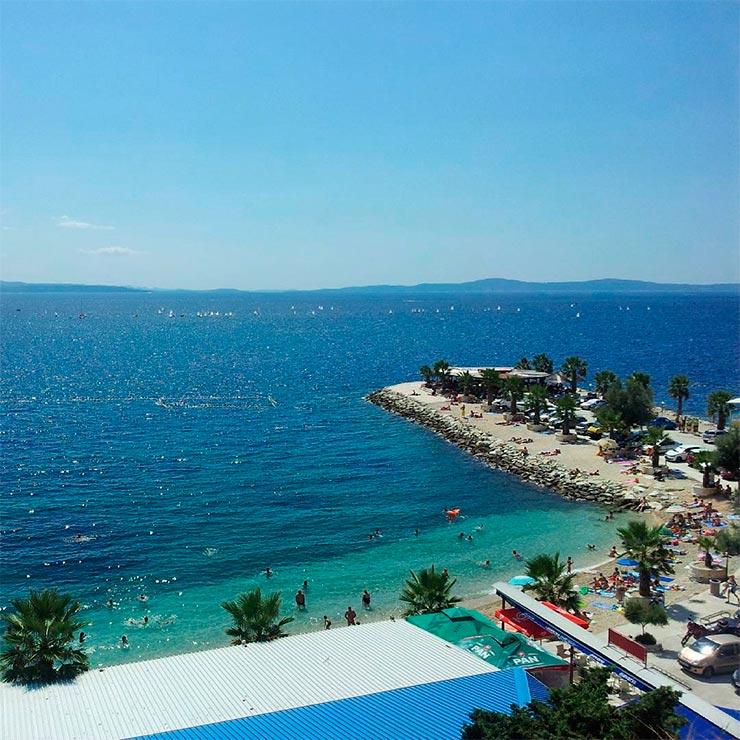 Praias de Split, Croácia - Uvala Ježinac (Foto @red_stefano no Instagram)