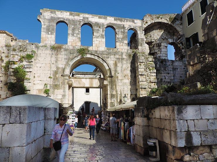 O que fazer em Split, Croácia - Palácio de Diocleciano (Foto: Esse Mundo É Nosso)