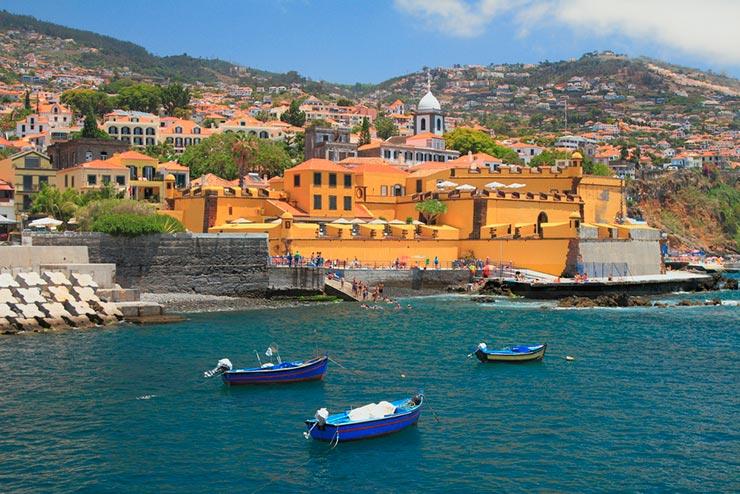 Cidades de Portugal - Funchal (Foto via Shutterstock)