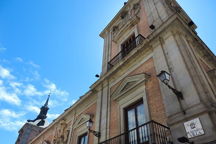 O que fazer em Madrid: Plaza de la Villa (Foto: Esse Mundo É Nosso)