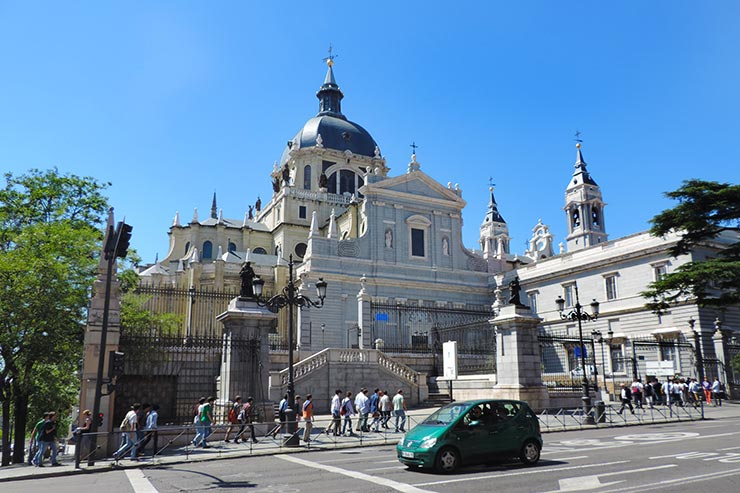 O que fazer em Madrid: Catedral de Madrid (Foto: Esse Mundo É Nosso)