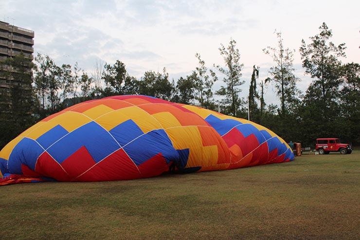 Voo de balão em São Lourenço, MG (Foto: Esse Mundo É Nosso)
