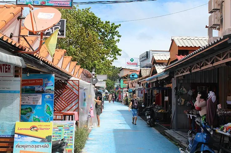 Praias de Koh Lipe - Walking Street na Pattaya Beach (Foto: Esse Mundo É Nosso)