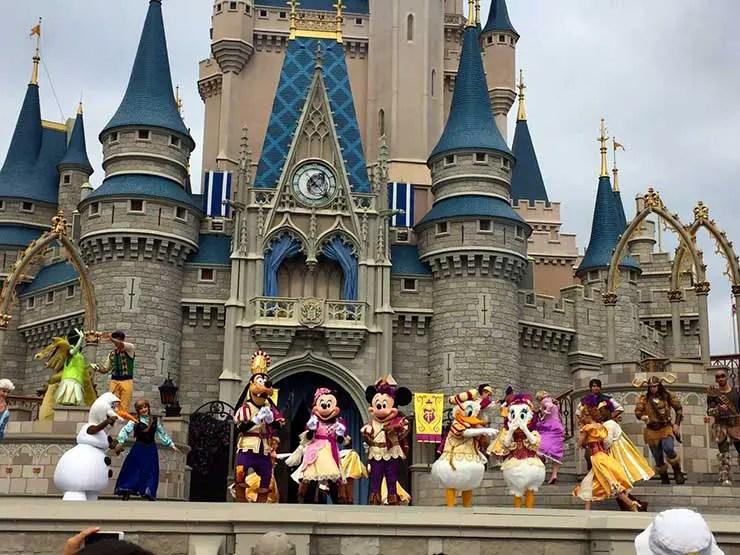 Disney com criança pequena (Foto: Esse Mundo é Nosso)