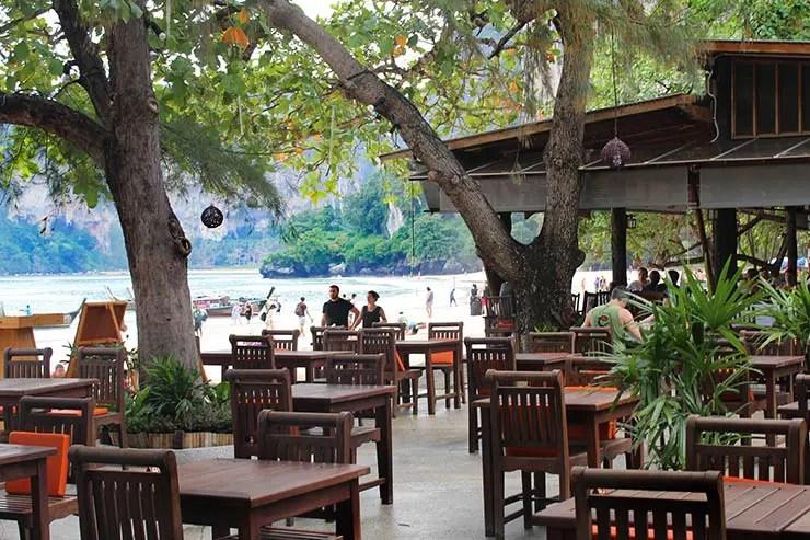 Onde comer em Railay: Sand Sea (Foto: Esse Mundo É Nosso)