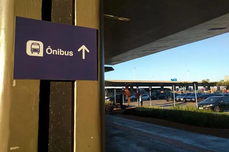 Ônibus do aeroporto de Confins pra Belo Horizonte (Foto: Esse Mundo É Nosso)