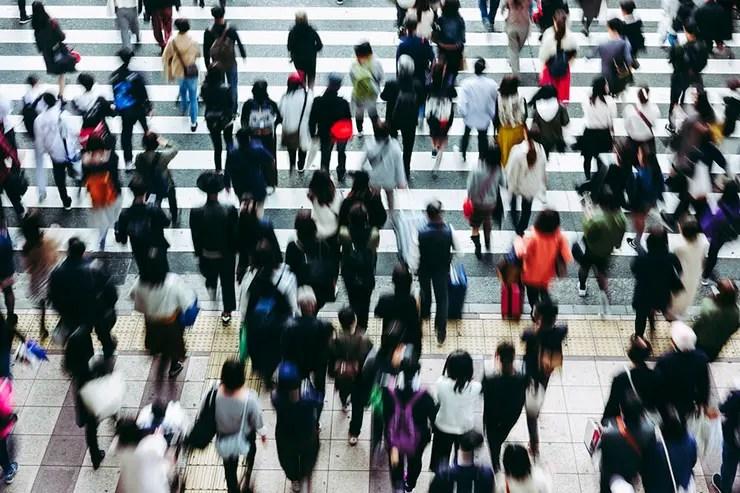 Por que a sociedade nos cobra tanto? (Foto: Shutterstock)