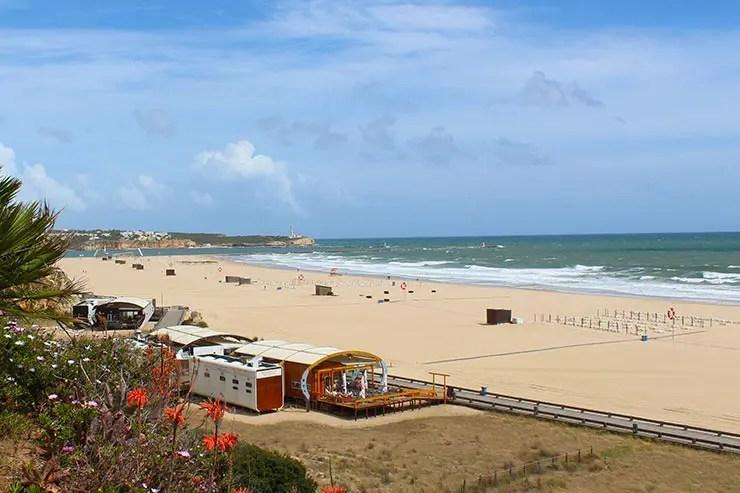 Roteiro no Algarve, Portugal - Praia da Rocha em Portimão (Foto: Esse Mundo É Nosso)