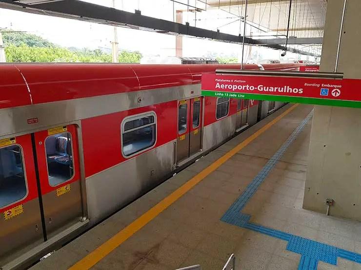Trem para Guarulhos a partir da estação Engenheiro Goulart (Foto: Esse Mundo É Nosso)