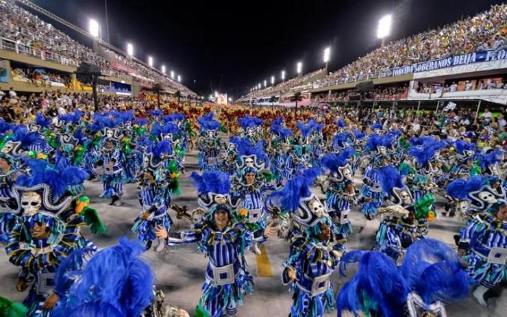 Horários e ordem dos desfiles das escolas de samba do Rio de Janeiro (Foto via Shutterstock)