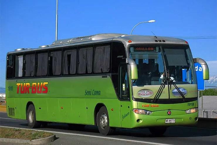 Ônibus da Turbus [Foto: Qwerty242 (CC BY-SA 3.0)]