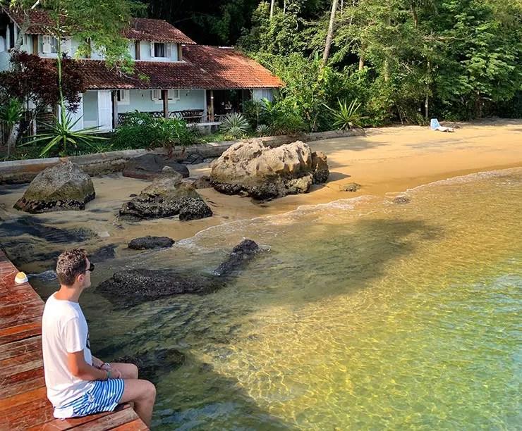 Praia do Abraãozinho em Ilha Grande (Foto: Esse Mundo É Nosso)