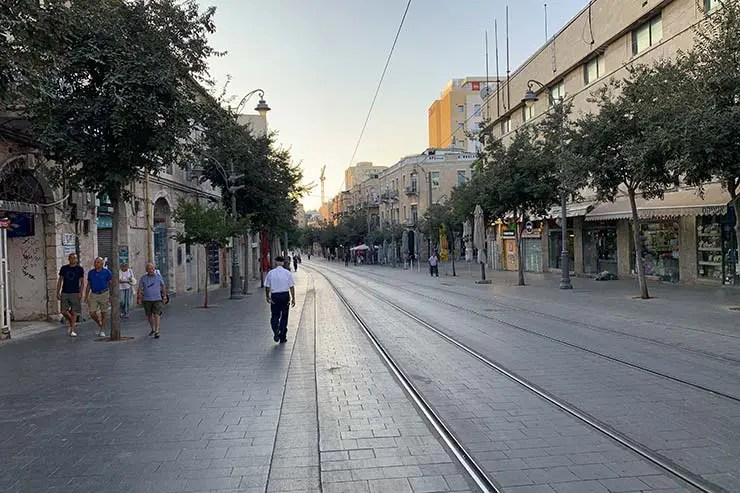 Ruas vazias em Jerusalém no fim de tarde de sexta (Foto: Esse Mundo É Nosso)