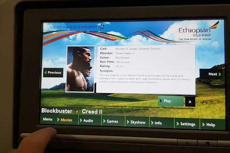 Sistema de entretenimento da Ethiopian Airlines  (Foto: Esse Mundo É Nosso)
