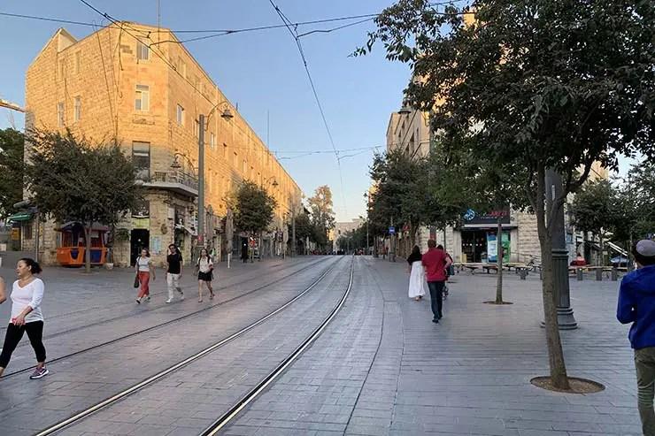 Onde ficar em Jerusalém - Jaffa Street (Foto: Esse Mundo É Nosso)