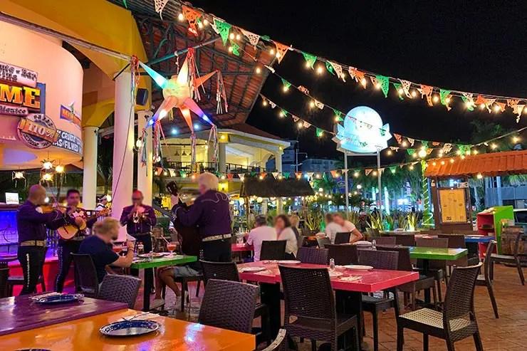 Quanto custa viajar pra Cancún e Playa del Carmen: Restaurante Mextreme em Cancún (Foto: Esse Mundo é Nosso)