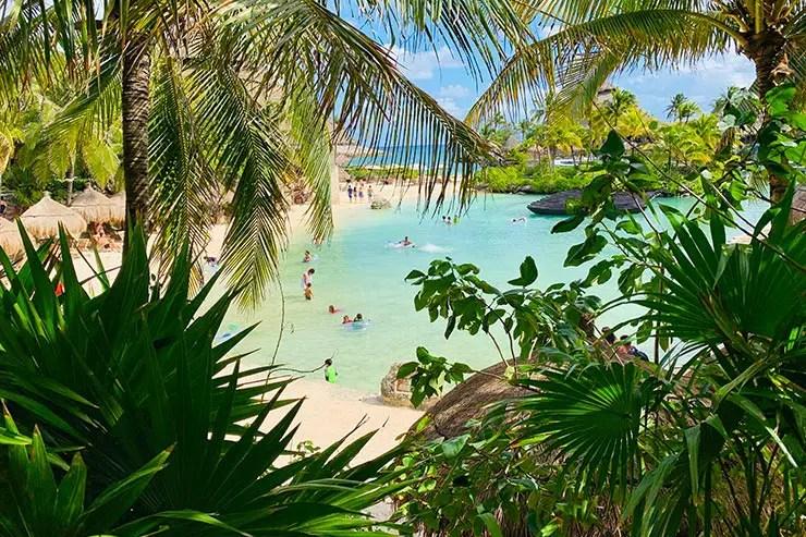 Praia do Xcaret, em Cancún (Foto: Esse Mundo é Nosso)