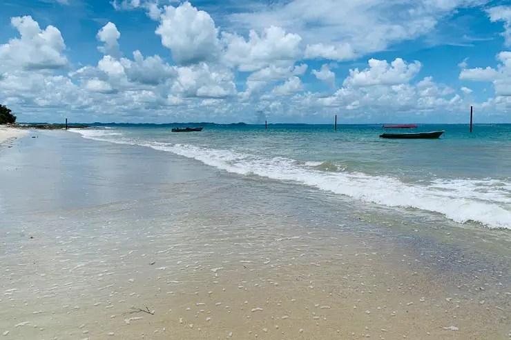 Mar calmo na Praia da Viração (Foto: Esse Mundo é Nosso)