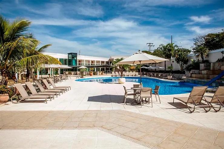 Hotéis e pousadas em Itu: Área externa e piscina do Itu Plaza Hotel (Foto: Divulgação)