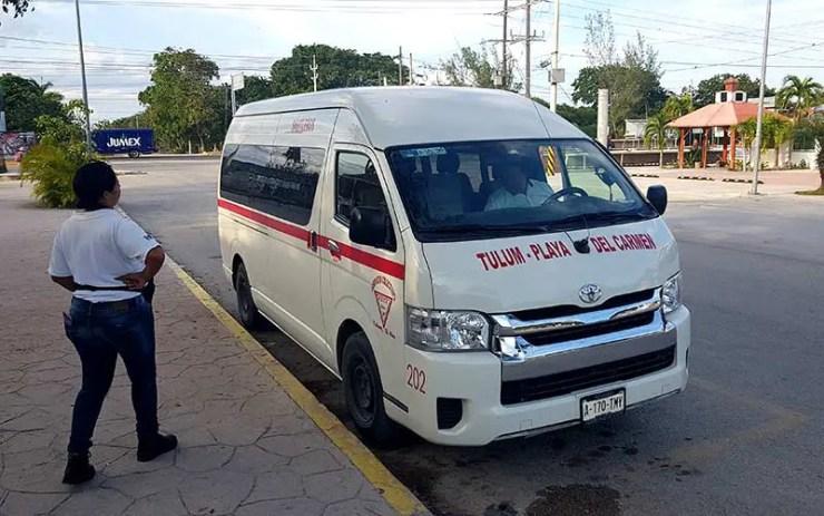 Como ir para Tulum: Van saindo de Playa del Carmen