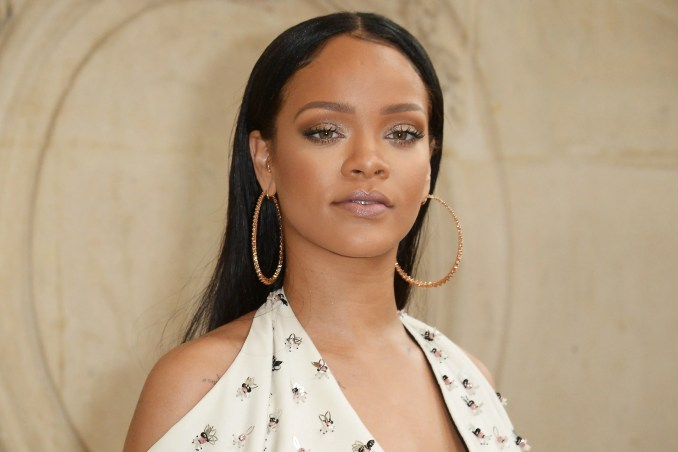 hairstyles for big foreheads - essence