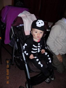 essendine-village-hall-halloween-2015-01