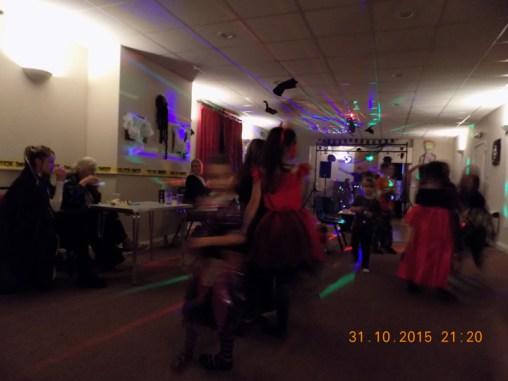 essendine-village-hall-halloween-2015-05