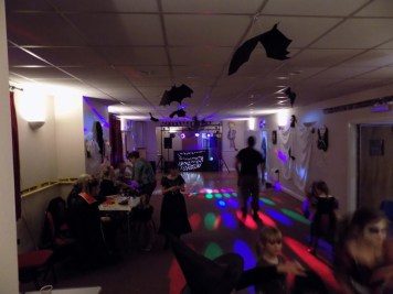 essendine-village-hall-halloween-2015-17