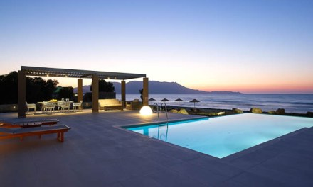 Cretan contemporary living by the Aegean