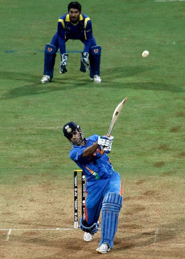 MS Dhoni winning shot World Cup 2011