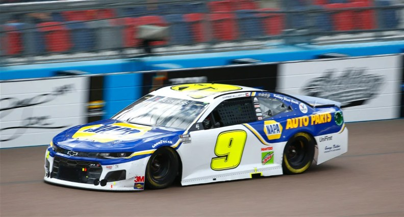 Chase Elliot during the Season Finale 500 at Phoenix Raceway