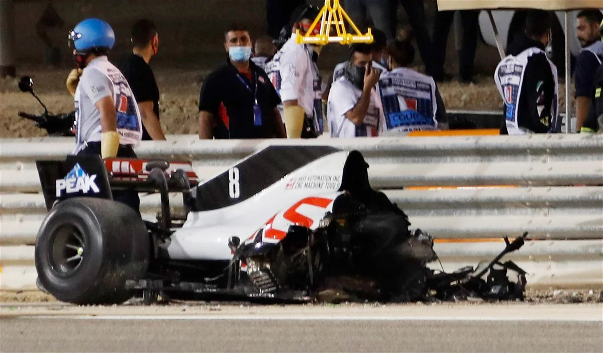 WATCH: Horror F1 Crash at the Start of Bahrain GP Ends in Scary Fireball  for Romain Grosjean - EssentiallySports