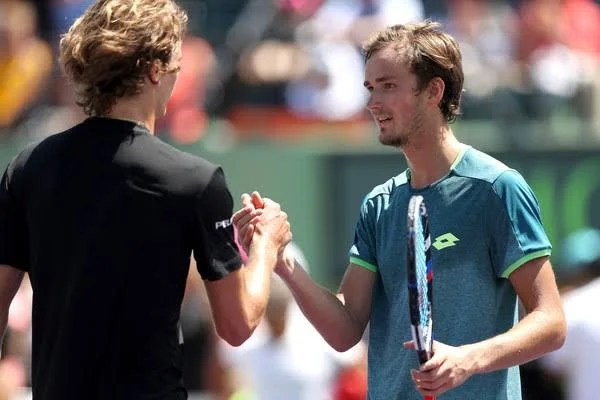 "Daniil Medvedev: ""Novak Djokovic Plays Like Machine"""