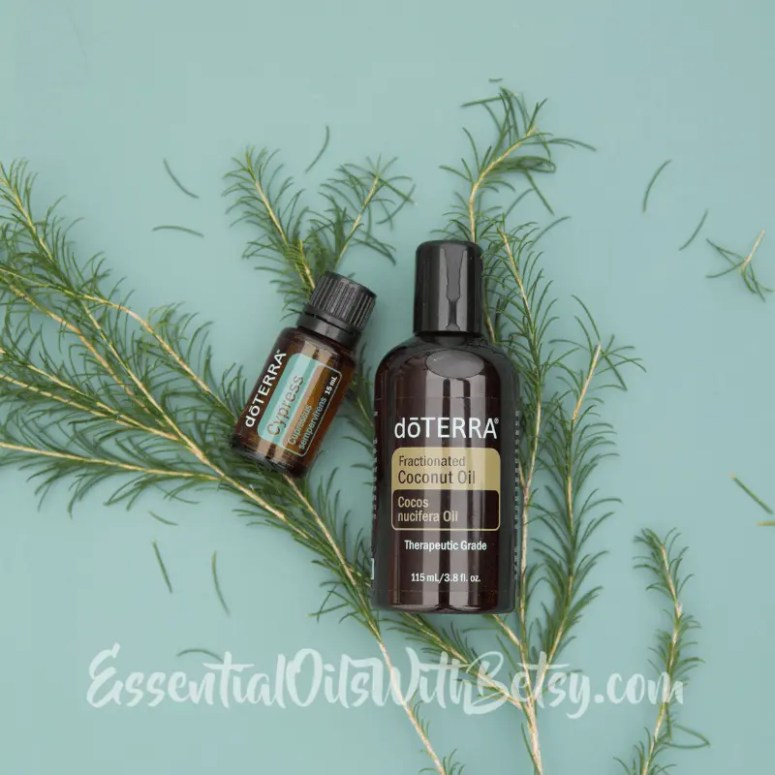 USE ESSENTIAL OILS TOPICALLY ON SKIN