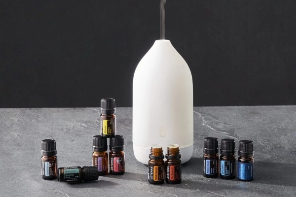 doTERRA Sale – April 2021: Aroma Essentials Kit