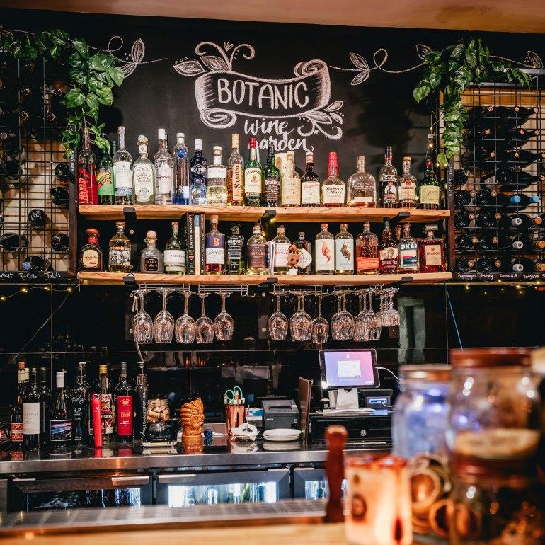Botanic Wine Garden, Bar